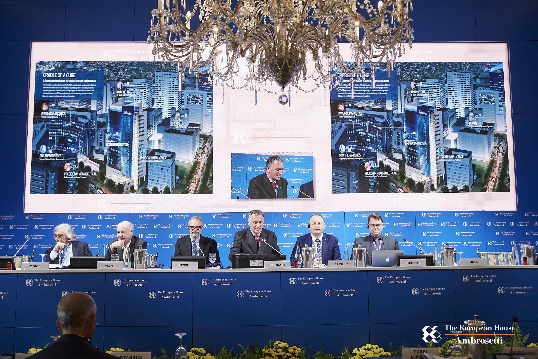 """Forum """"Lo Scenario di oggi e di domani per le strategie competitive"""" 2017"""